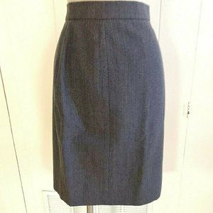 Chanel Boutique Wool Straight Skirt Size 44 M Gray